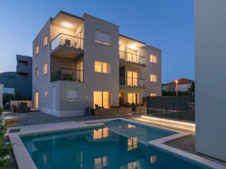 1B Apartment Petra Room - Trogir vacation rentals