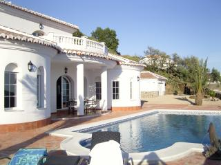 Holiday Villa El Ancla, Andalusia, Costa del Sol - Sayalonga vacation rentals
