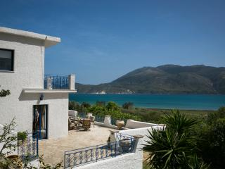 Perfect 2 bedroom Villa in Lixouri with Television - Lixouri vacation rentals
