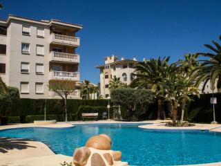 Perfect Condo with Internet Access and A/C - Albir vacation rentals