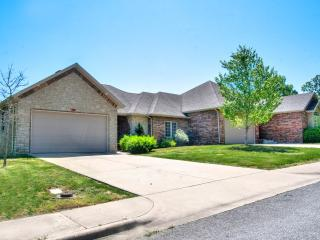 Nice House with Television and Microwave - Branson vacation rentals