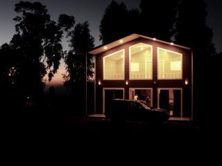 Cozy 3 bedroom Mahabaleshwar Villa with Internet Access - Mahabaleshwar vacation rentals