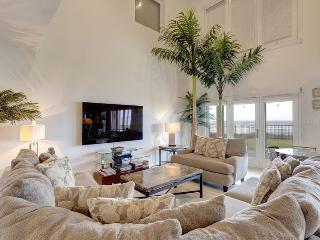 111 Villa Doce (6 bedrooms, 6.5 bathrooms) - South Padre Island vacation rentals