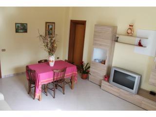 Nice 3 bedroom Alezio Villa with Television - Alezio vacation rentals