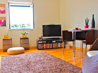 Wasabi Orange Apartment, Alfama, Lisbon - Lisbon vacation rentals