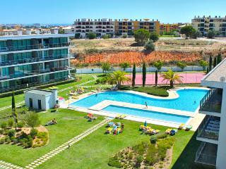 Folk Apartment, Vilamoura, Algarve - Vilamoura vacation rentals