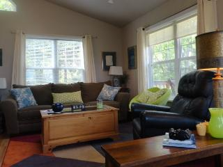 Affordable Private Retreat with Spectacular Views - Ashland vacation rentals