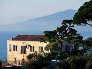 Villa Affresco holiday vacation villa rental italy, amalfi coast, sorrento - Massa Lubrense vacation rentals