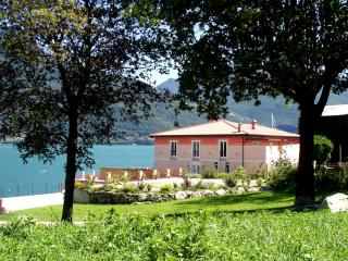 Villa David rent villa Menaggio - Lake Como - Pianello del Lario vacation rentals