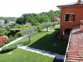 Residence di Lusso-Lago di Garda- Luxury Residence - Soiano Del Lago vacation rentals