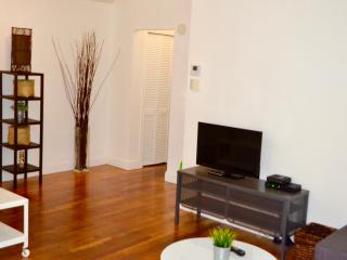 Top location 1 bed apartment in the heart of SOBE! - Miami Beach vacation rentals
