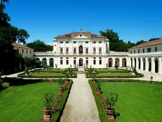 La Perla Luxury apartment villa rental near venice italy - Badoere vacation rentals