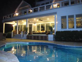 Beautiful House with Internet Access and A/C - Southampton vacation rentals