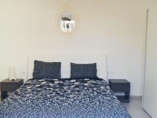 1 bedroom Apartment with Internet Access in Vis - Vis vacation rentals