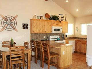 3 bedroom Apartment with Hot Tub in Moab - Moab vacation rentals