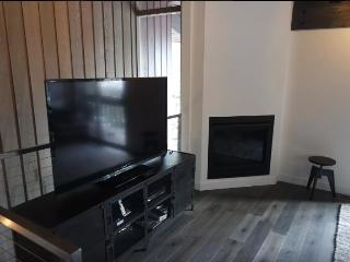 Nice Townhouse with Hot Tub and Television - Mammoth Lakes vacation rentals