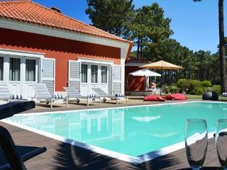 Comfortable 5 bedroom Villa in Seixal - Seixal vacation rentals
