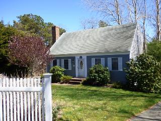 Nice 4 bedroom South Chatham House with Deck - South Chatham vacation rentals