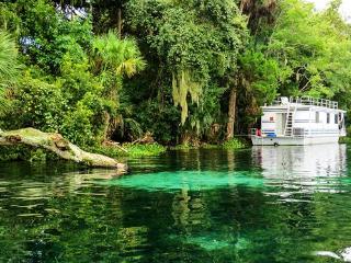 Grand Lakefront Resort Club/Holly Bluff Marina - DeLand vacation rentals