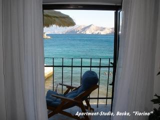 "Apartment-Studio Baska ""Fiorino"" - Baska vacation rentals"