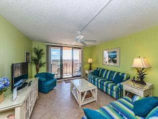 Island Club 2102, 2 Bedroom, Oceanfront, Large Pool, 1st Floor, Sleeps 7 - Hilton Head vacation rentals