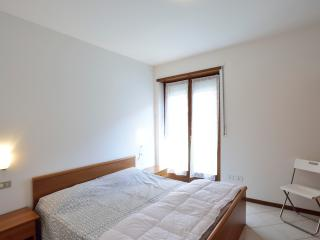 "ComanoTermeApart ""Indaco"" - Ponte Arche vacation rentals"