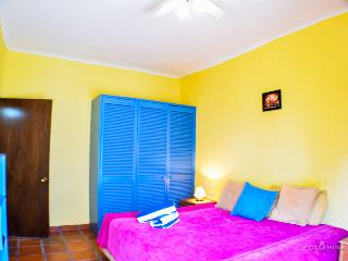 "Mixteca 2 ""Romantic, Cozy and excellent location"" - Playa del Carmen vacation rentals"