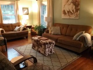 Close To Downtown In Historic Crecent Hill - Louisville vacation rentals