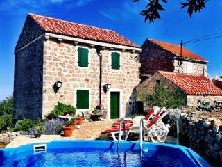 Nice Villa with Dishwasher and Garden - Brusje vacation rentals