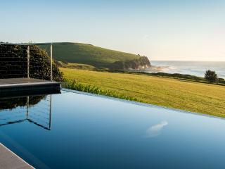 Gerroa's favourite luxury Beach House! - Gerroa vacation rentals