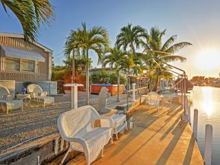 Serene 2BR Key Largo Home - Prime Location w/Easy Access to Boat Ramp, Fishing, Snorkeling, State Parks, Beaches & More! - Key Largo vacation rentals