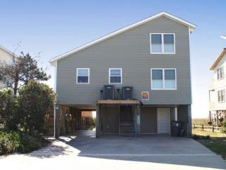 Charming House with Deck and A/C - Holden Beach vacation rentals