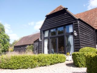 Magnificent Converted Tithe Barn - Hambleden vacation rentals