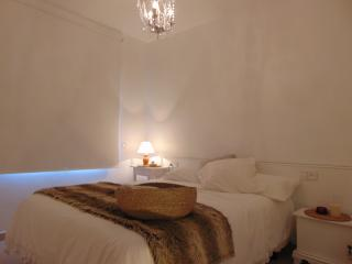 Apartment for couples. All new with wifi. - Calella vacation rentals