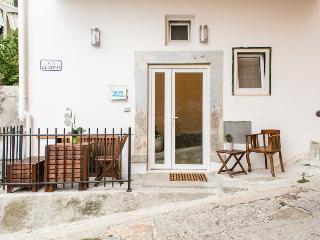 2 bedroom Condo with A/C in Isola Del Giglio - Isola Del Giglio vacation rentals