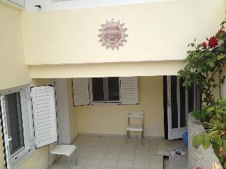 La maison de pierre au centre de Péloponnèse - Epidavros vacation rentals