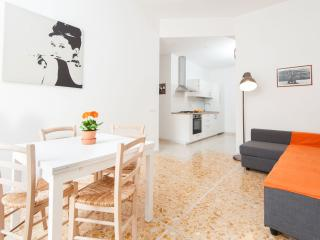 House of Beauty - 2 Bedrooms near Center - Rome vacation rentals