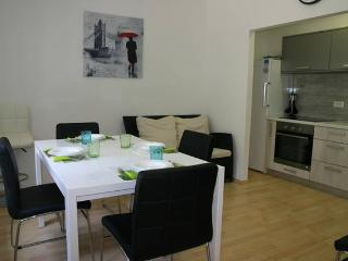 Balen, city central house for 12 people - Novalja vacation rentals
