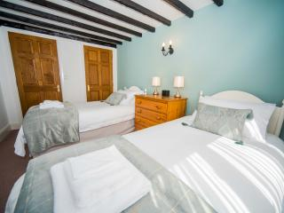 The Cider Barn - Valley Farm Holiday Cottages - Kilmington vacation rentals