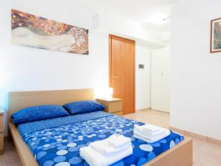 House Adriana - Rome vacation rentals