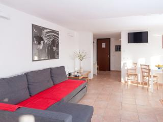 House of Caesare - Bright air conditioning penthouse with large airy terrace. - Rome vacation rentals