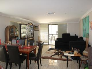 Nice House with Internet Access and A/C - Wattle Grove vacation rentals