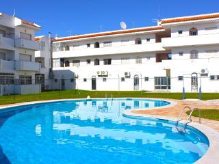 Carol Green Apartment, Albufeira, Algarve - Albufeira vacation rentals