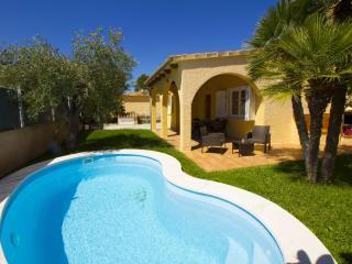 Perdiz - Amazing Chalet at Port Alcudia , Mallorca - Puerto de Alcudia vacation rentals