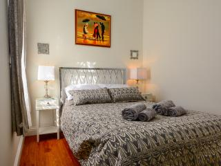 Flat 1 Blue Bridge -City Centre Flat with parking - York vacation rentals