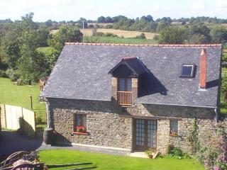 2 bedroom Cottage with Internet Access in Chateaubriant - Chateaubriant vacation rentals