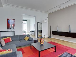 MEDICIS - Paris vacation rentals