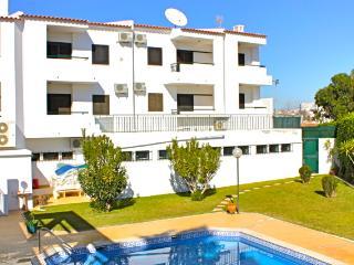 Ethnic Brown Duplex Apartment, Albufeira - Albufeira vacation rentals