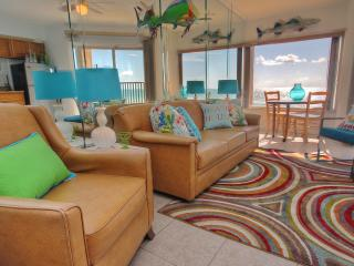 Romantic Condo with Internet Access and Balcony - Belleair Beach vacation rentals