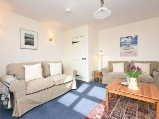 Shearling Cottage, 5 miles from Bamburgh Castle - Bamburgh vacation rentals